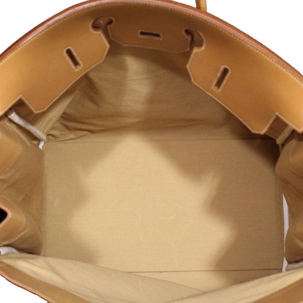 Imagen del forro de la bolsa de viaje hermès haut à courroies lona militar verde piel natural
