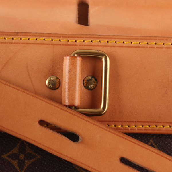 Imagen de la hebilla de la bolsa de viaje louis vuitton steamer bag 45 monogram piel natural