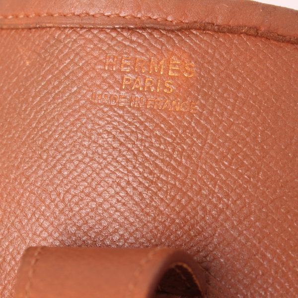 Imagen de la marca del bolso hermès evelyne togo gold