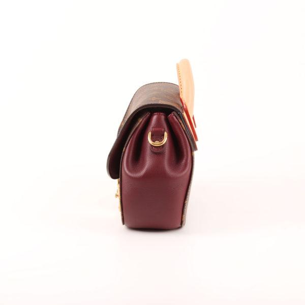 Imagen del lado 1 del bolso louis vuitton eden pm monogram burdeos cuero natural
