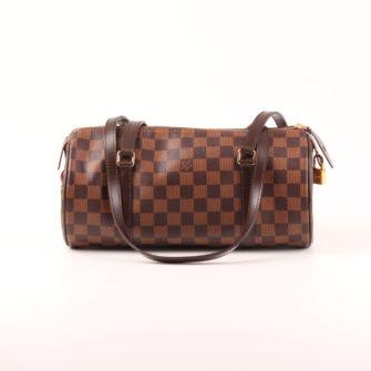 Imagen frontal del bolso louis vuitton papillon damero ébano marrón