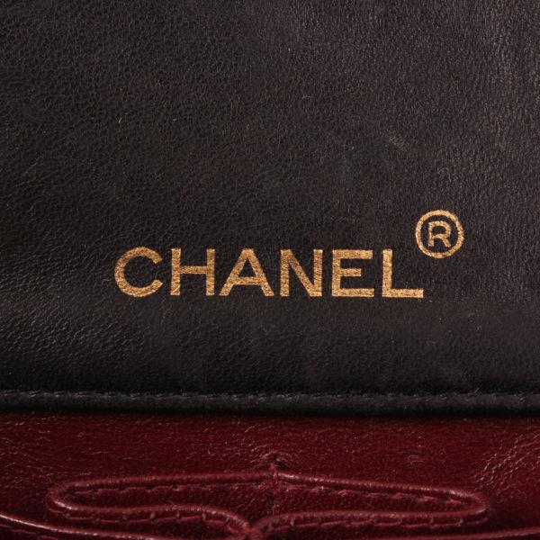 Imagen de la marca del bolso chanel vintage timeless flap bag