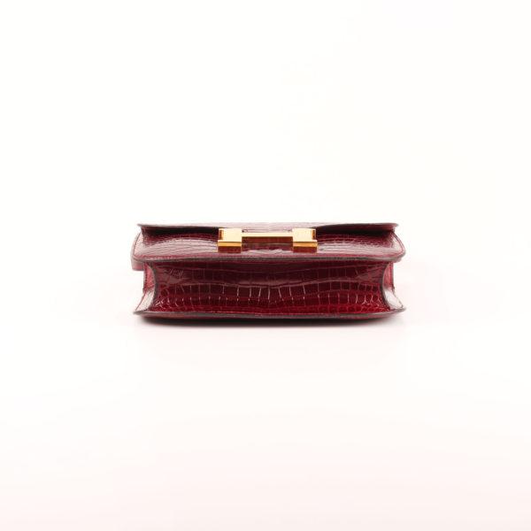 Imagen de la base del bolso hermès constance mm 23 de cocodrilo porosus