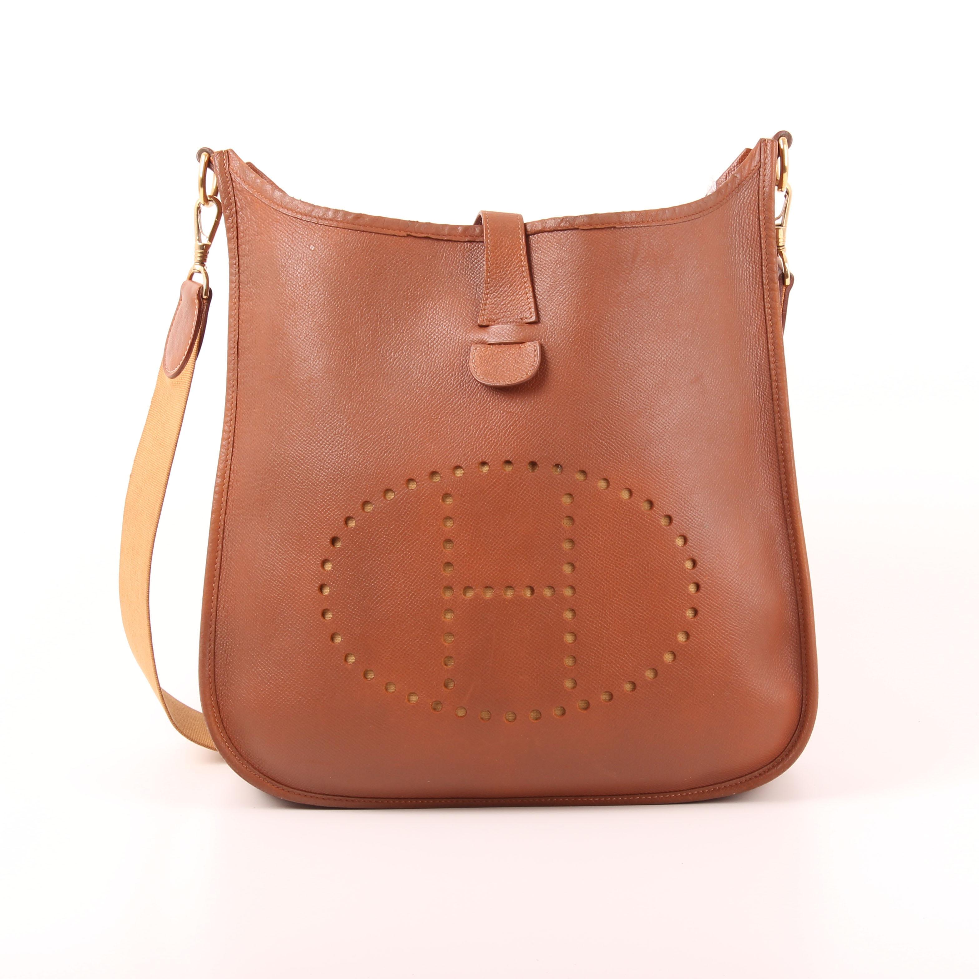 Front Image Of Hermès Evelyne Bag Togo Gold Strap