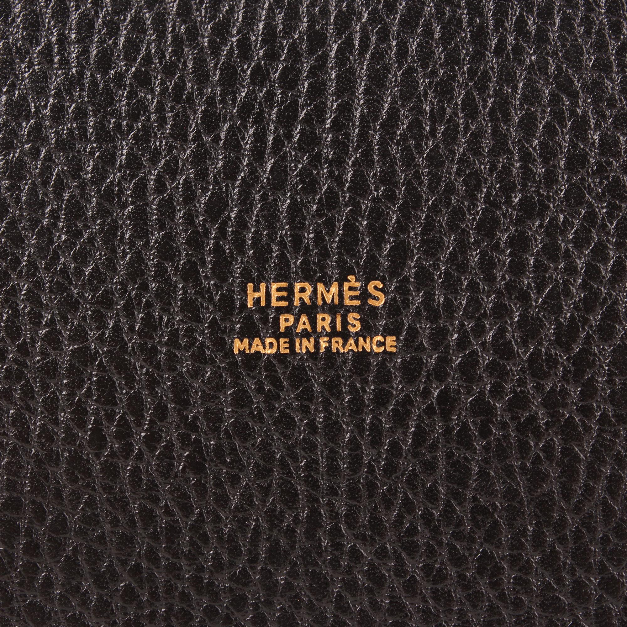59fcdc0e2b7 Imagen de la marca del bolso hermès market bucket bag togo negro