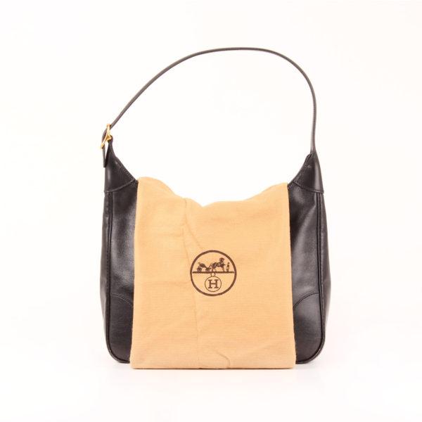 Imagen del bolso hermès trim II box calf negro con funda guardapolvo