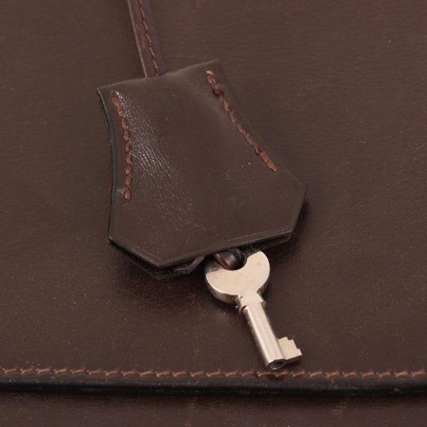 Imagen de la clochette de hermès cartera de mano sac à dépêche box calf marrón