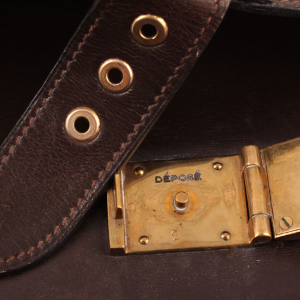 Imagen del interior del cierre de hermès cartera de mano sac à dépêche box calf marrón