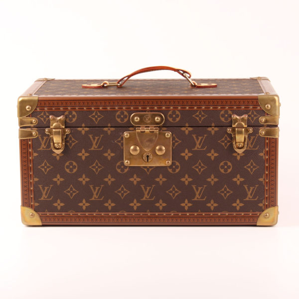 Front image of louis vuitton trunk vanity case monogram vintage pharmacy box