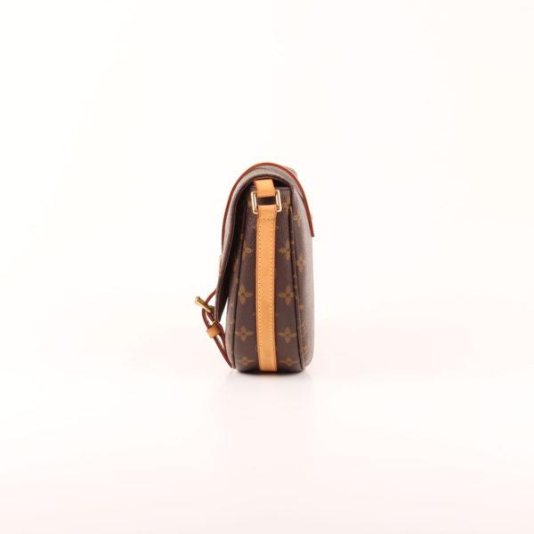 Imagen del lado 1 del bolso bandolera louis vuitton chantilly monogram