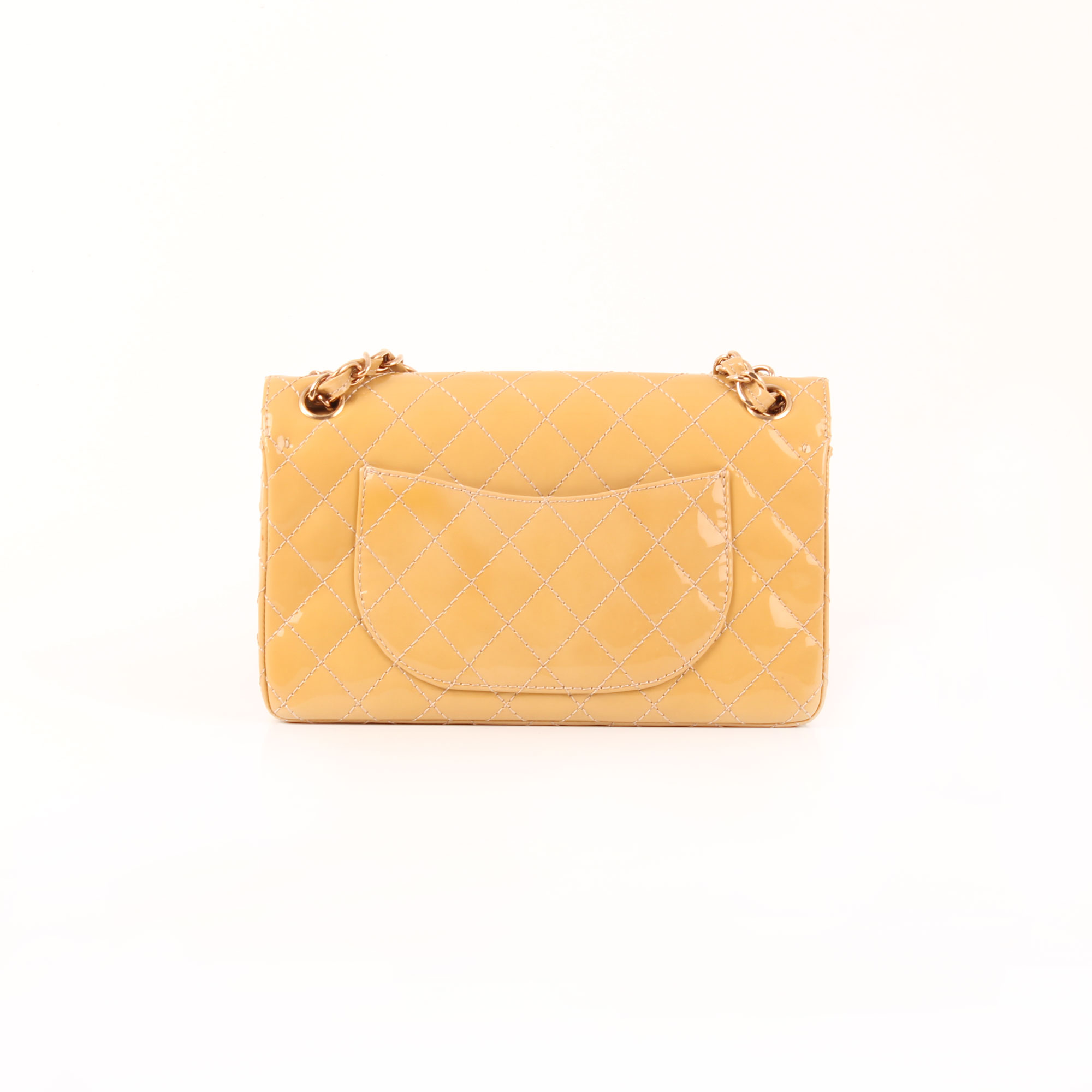 d6dd5801a4d5c2 Imagen trasera del bolso chanel timeless double flap bag charol amarillo  mostaza 2.55