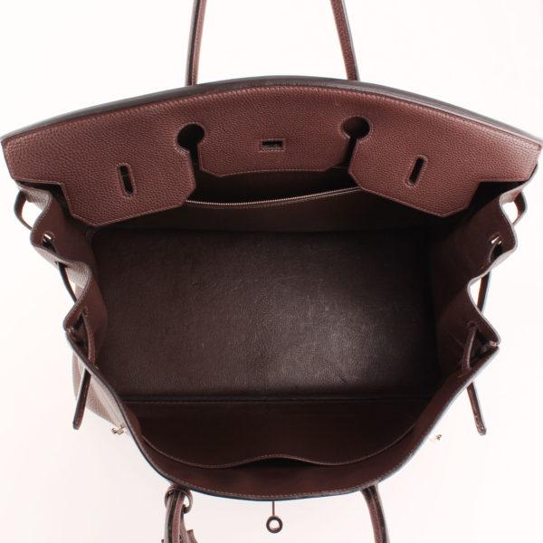 Imagen del interior del bolso hermès birkin 40 togo terre