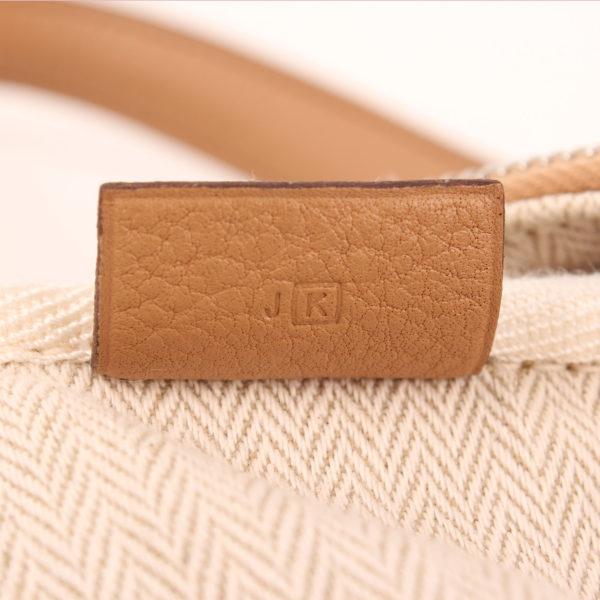 Imagen de la referencia del bolso hermès victoria II piel clemence marron claro