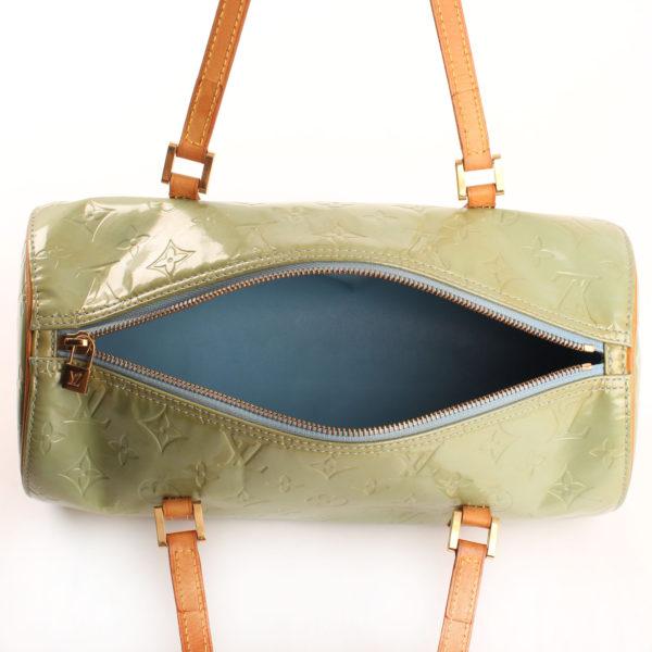 Imagen del forro del bolso louis vuitton bedford vernis verde