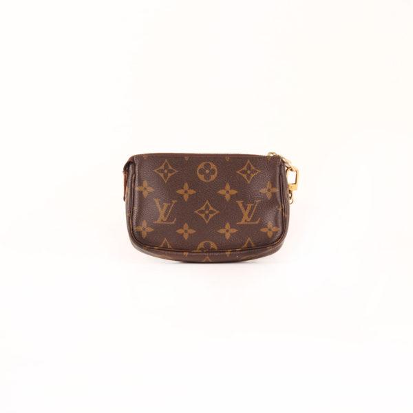 Imagen trasera del bolso louis vuitton mini pochette accessoire monogram cadena