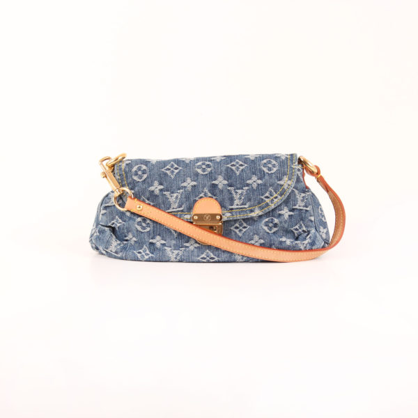 Imagen frontal del bolso louis vuitton pleaty denim monogram
