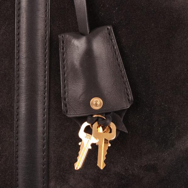 Imagen de las llaves del bolso louis vuitton sofia coppola mm suede asphalt