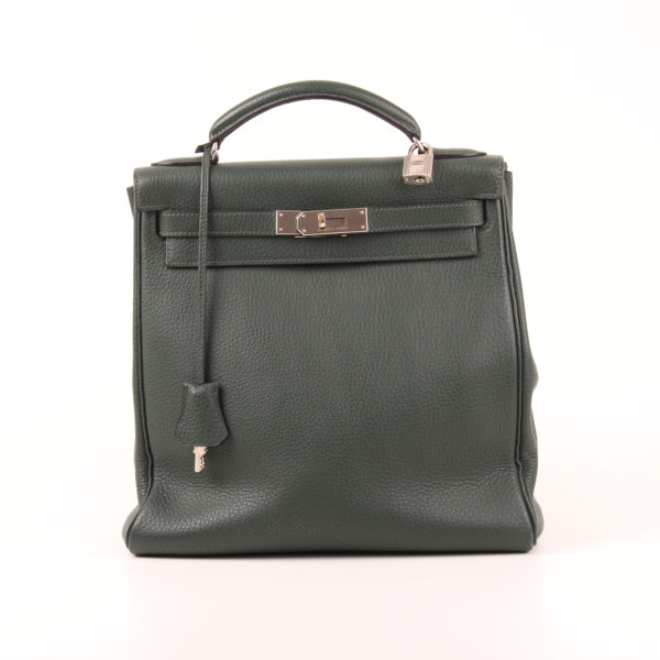 Front image of backpack hermès kelly sac à dos togo green palladium