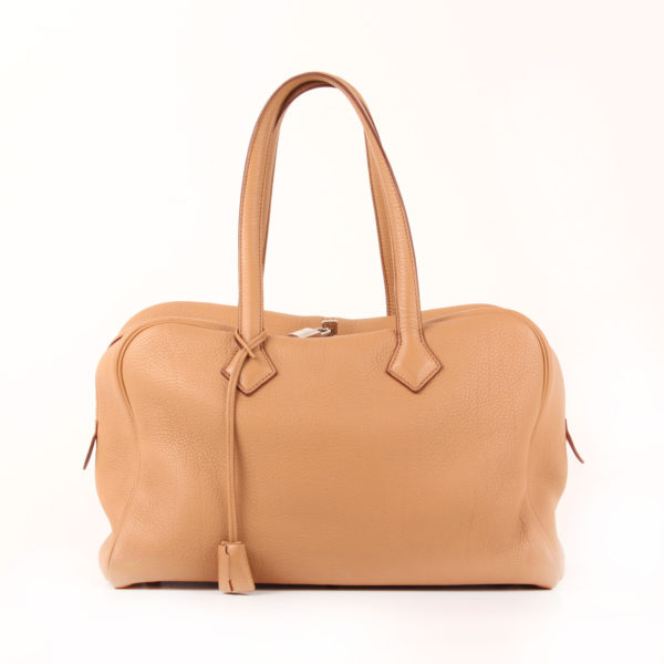Front Image from hermès victoria bag II 35 clemence brown natural