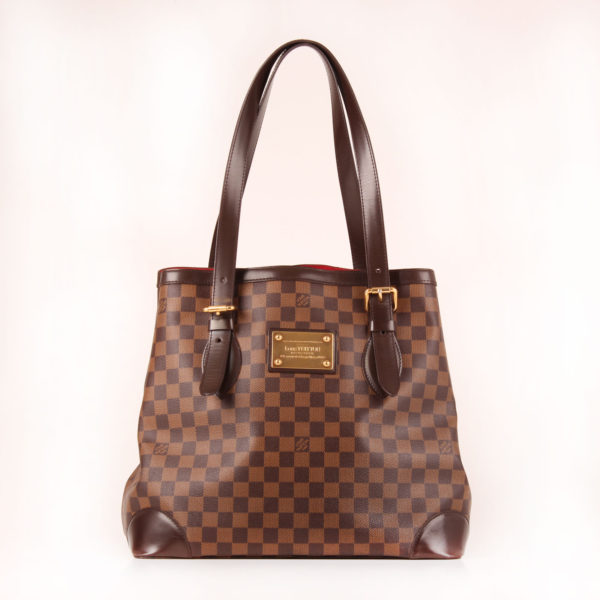 Front image of louis vuitton bag hampstead damier ebony