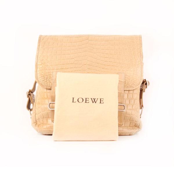 Imagen de la bolsa de Loewe messenger con dustbag