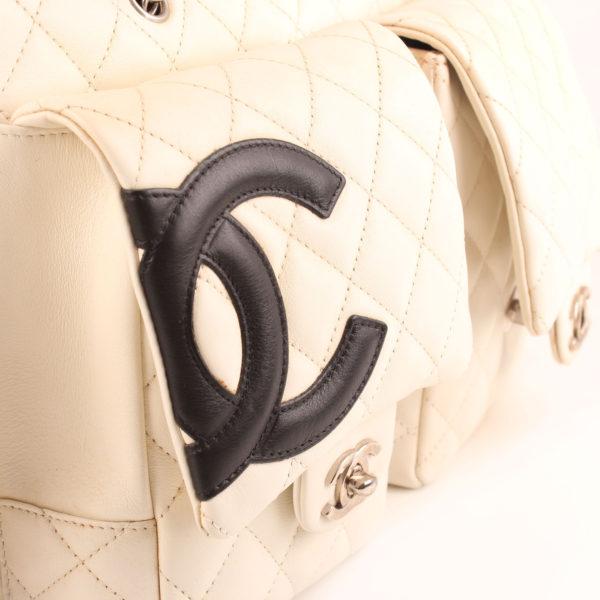 Imagen del bolsillo del bolso chanel cambon reporter blanco