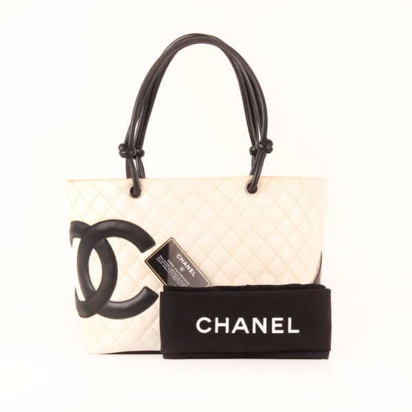 Imagen del dustbag del bolso chanel cambon tote shopping
