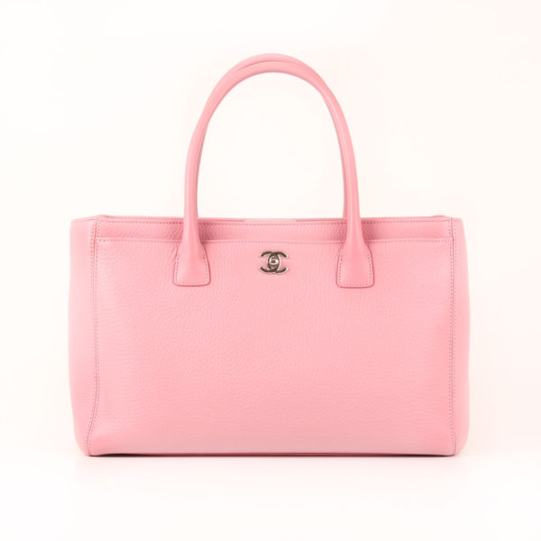 Front image from chanel bag cerf tote pink
