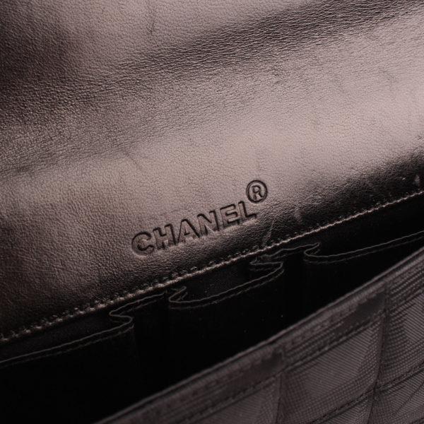 Imagen del holograma del bolso chanel travel line black