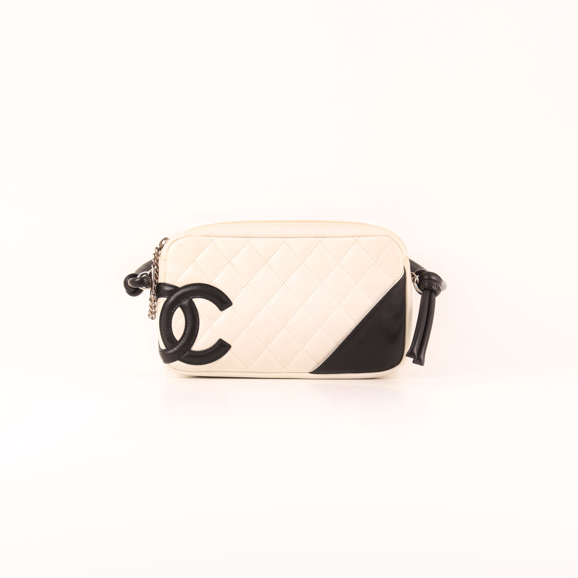 c88d7d35848f Front image of chanel cambon quilted pochette white