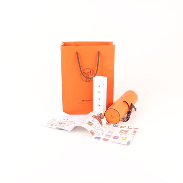 Imagen del maxi packaging de hermes cles black