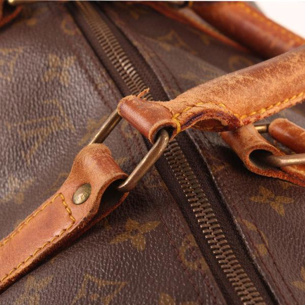 Imagen de las asas de la bolsa louis vuitton keepall monogram 60