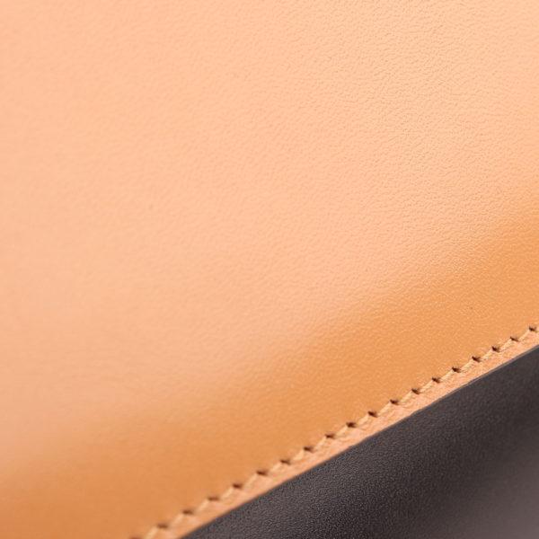 Imagen de la piel del bolso bulgari scaglie