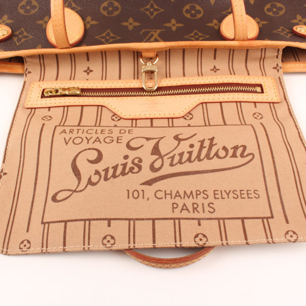 Pocket image of louis vuitton neverfull bag pm monogram
