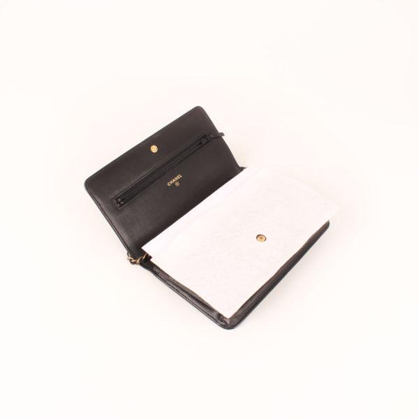 Imagen de la protección del bolso chanel woc negro