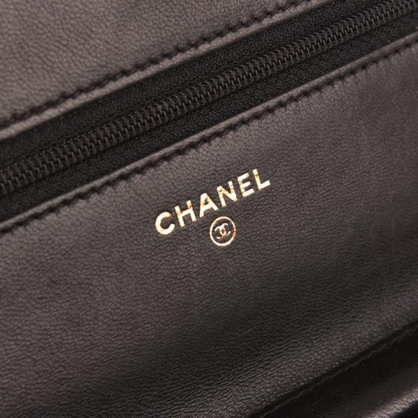 Imagen de la marca del bolso chanel woc negro