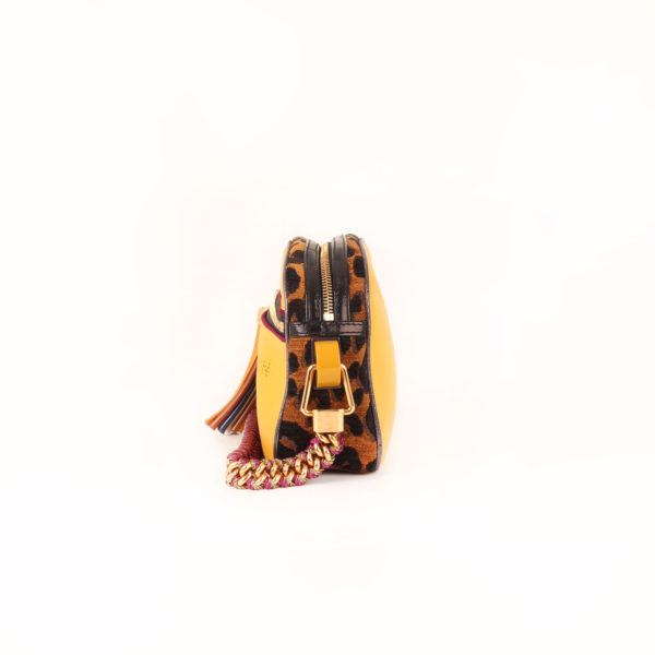Imagen del lado 2 del bolso louis vuitton savane