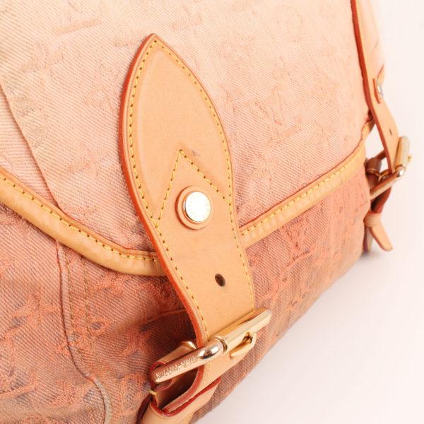 Imagen detalle del bolso louis vuitton sunrise denim