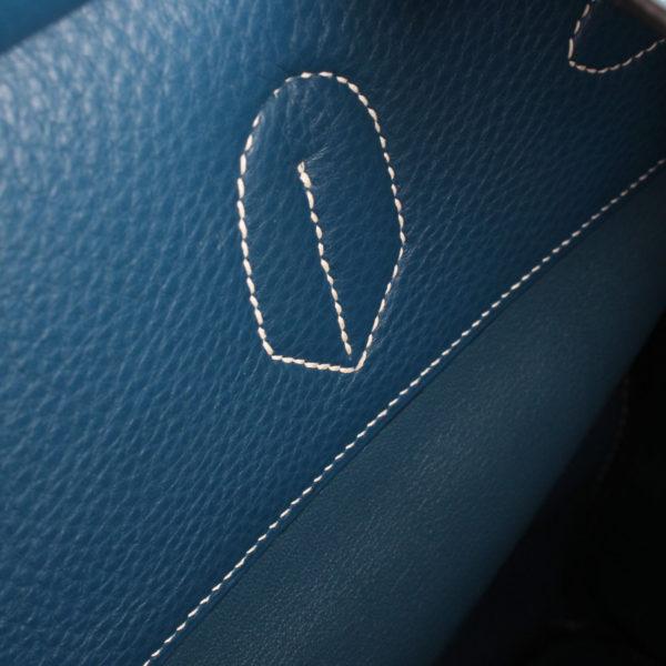 Imagen del interior de la bolsa hermes HAC azul