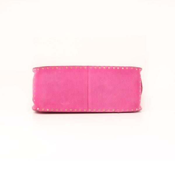 Imagen de la base del bolso celine rosa