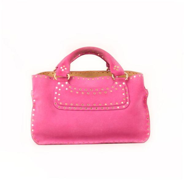 Imagen frontal del bolso celine rosa