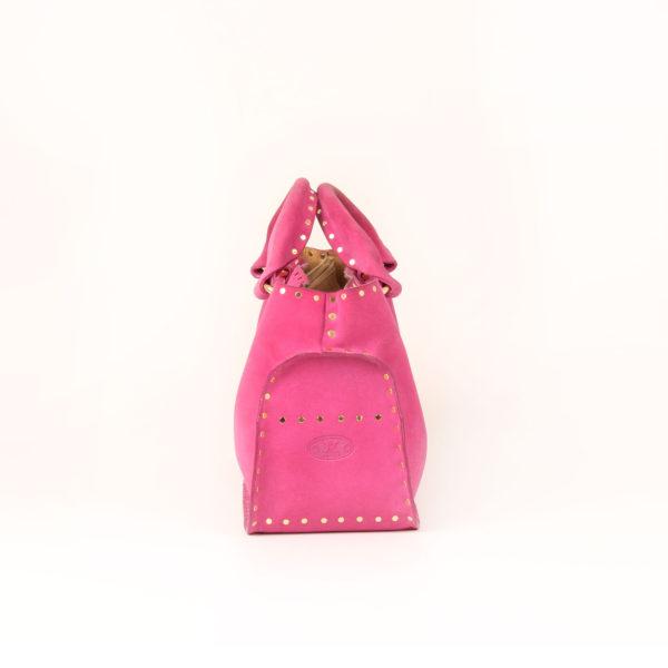 Imagen del lado 2 del bolso celine rosa