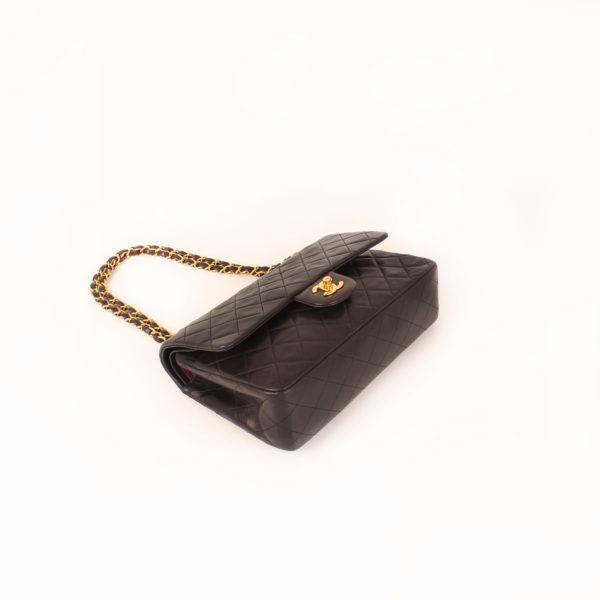 Imagen general del bolso chanel classic negro vintage