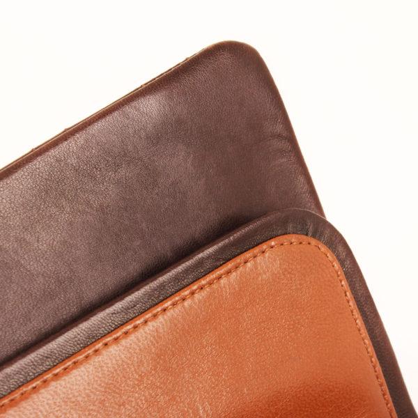Imagen de la piel 2 del bolso chanel double flap marron