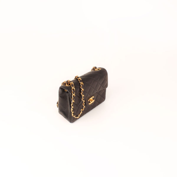 Imagen general del bolso chanel mini single negro