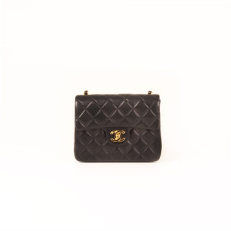 Front image of chanel mini black single bag