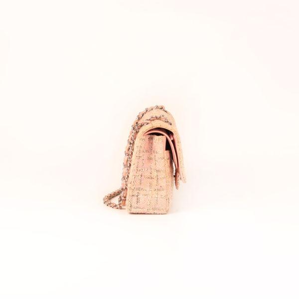 Imagen del lado 1 del bolso chanel tweed rosa
