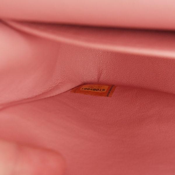 Imagen del serial del bolso chanel tweed rosa