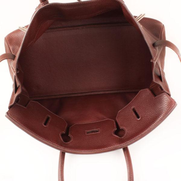 Imagen del interior del bolso hermes shoulder marron