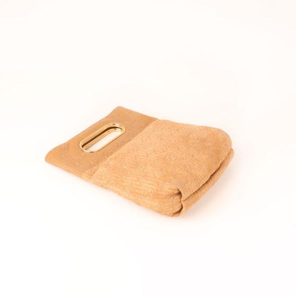 Imagen plana del bolso louis vuitton dark beige
